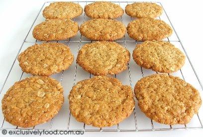 Recipe anzac cookies chewy