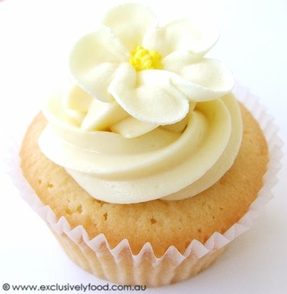 Exclusively Food: Wedding Cupcakes